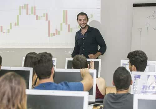 לימודי שוק ההון במכללת פסגות